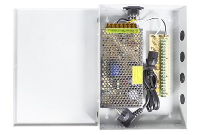 Boîtier d'alimentation 12 volts - 8 sorties - 16 ampères
