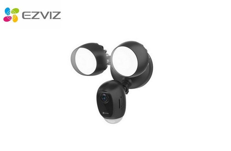 Caméra lampe de sécurité intelligente 2 Mégapixels EZVIZ